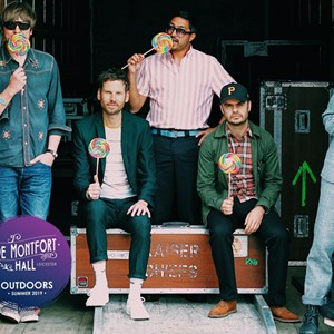 Kaiser Chiefs band picture