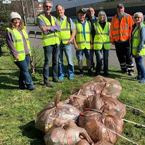 Image: Volunteers at a litter pick event in Narborough Road, Leicester