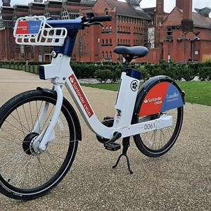 A picture of one of the new ebikes available to hire in Leicester as part of the Santander Cycles Leicester bike share scheme